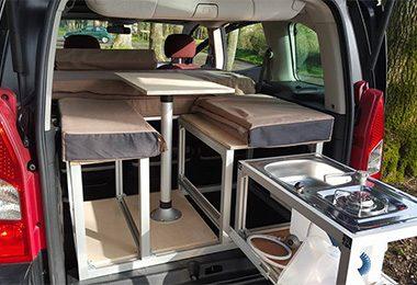 Kit endormi pour véhicules avec banquettes